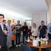 Die Feier nach Kilian Weishaupts Promotionsverteidigung