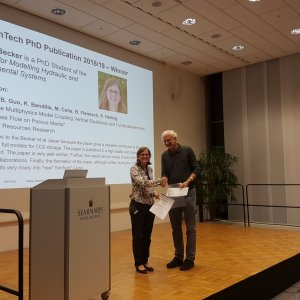 Beatrix Becker receives